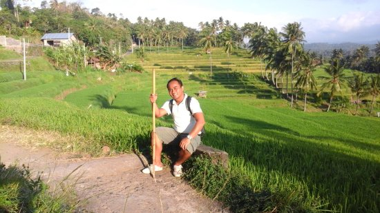 Mayong, Indonezja: putu Artana is the Guide