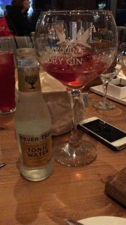 The Pickwick Inn & Oliver's Restaurant: photo1.jpg