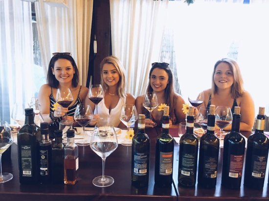 Fun in Tuscany: Dinner and Wine Tasting