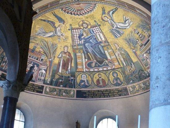 Basilica di Sant'Ambrogio: Mosaîques de la coupole