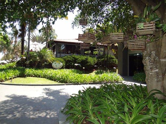 Rancho do boi: Edificação integrada à natureza!