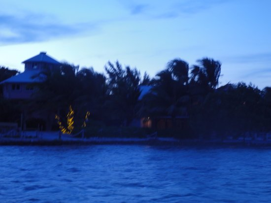Barefoot Beach Belize: View of Cayes from the private pier