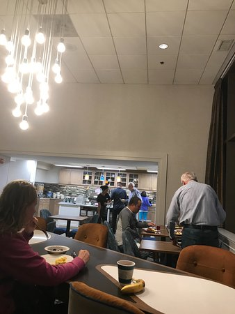 Homewood Suites by Hilton Chicago-Downtown: colazione