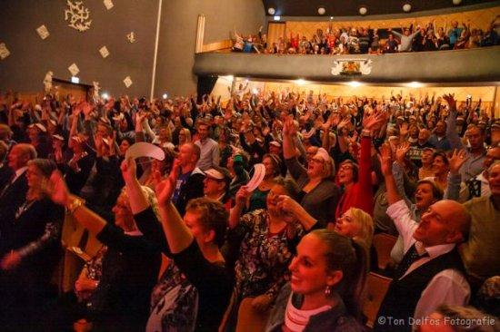 Vlaardingen, Belanda: Genieten tijdens prachtige voorstellingen zoals Youp van 't Hek, Karin Bloemen en nog veel meer