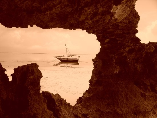 Bush 2 Beach Safaris: Beach destinations that remain caught in time
