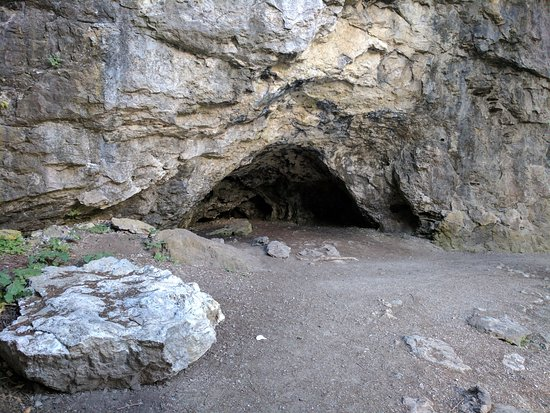 Rockwood Conservation Area: one of the caves