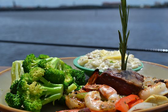 Palmetto, FL: Argentinian Surf and Turf