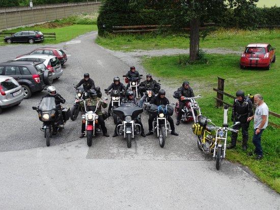Dorfgastein, Austria: Bikerfreunde aus Hamburg