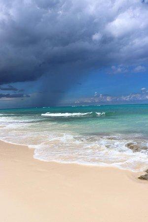 Compass Point Beach Resort-billede