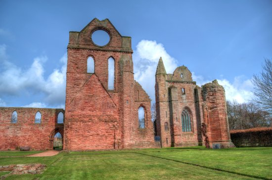 ‪Arbroath Abbey‬