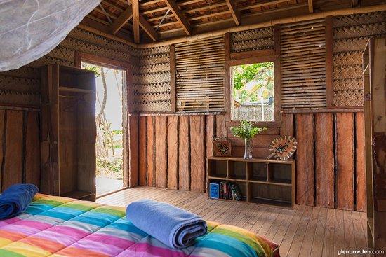 Uoleva Island, Tonga: King Fale
