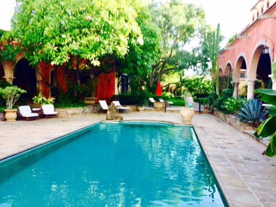 Alamos, Mexico: Main pool inside main courtyard.
