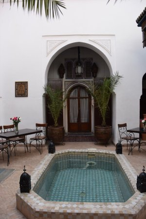 Riad Nora: photo0.jpg