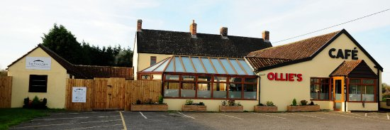 Brent Knoll, UK: Cafe Exterior
