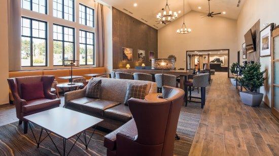 best western plus superior inn 123 1 3 2 updated. Black Bedroom Furniture Sets. Home Design Ideas