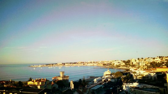 SANA Estoril Hotel: Photo from the hotelroom located on one of the top levels and facing west !