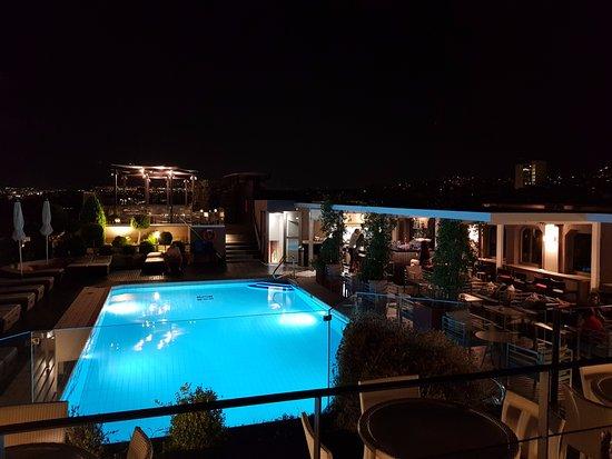 Novotel Athenes: Deck bar