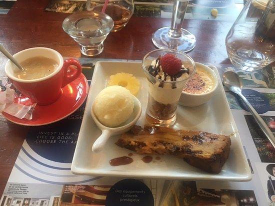 Cambrin, ฝรั่งเศส: Café Gourmand