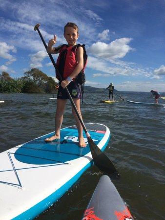 Rotorua Paddle Tours: Kids love SUP paddling!