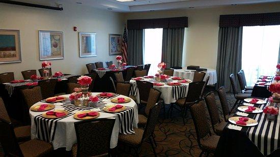 Leland, NC: Magnolia Room