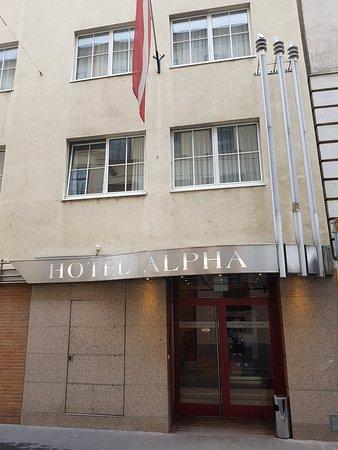 Hotel Alpha: 20171031_091337_large.jpg