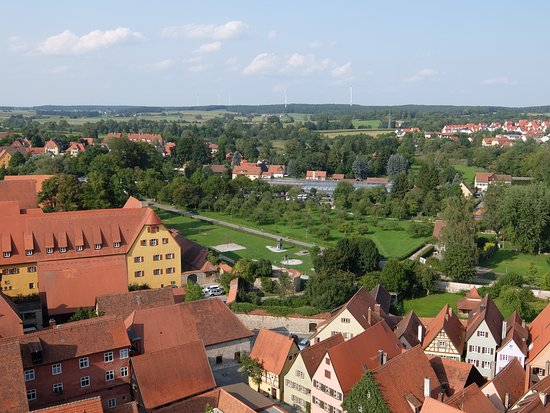 Dinkelsbühl, Deutschland: Quaint German countryside from the tower