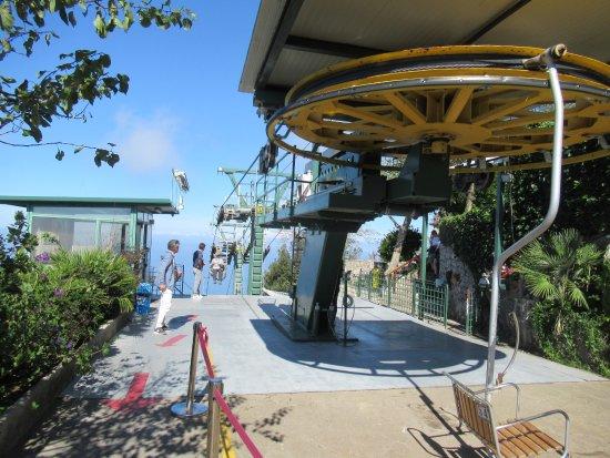 Mount Solaro: Landing bay