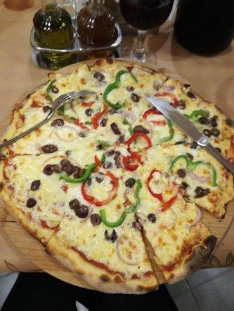 Vamos, Grécia: Pizza