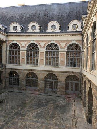 Parlement de Bretagne : photo2.jpg