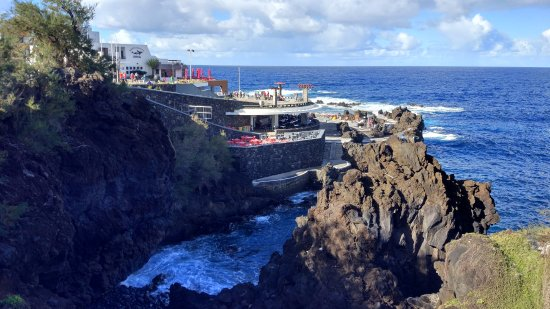 Porto Moniz Natural Swimming Pools: вид сверху