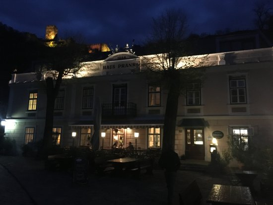 Spitz, Österreich: outside lit up at night