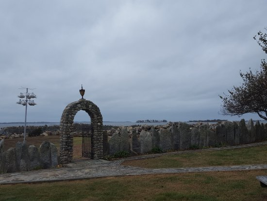 Stonington, CT: The arch/gate was my favorite