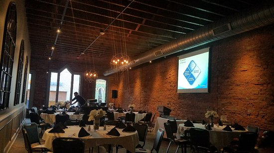 Lancaster, OH: Great outdoor space and event space