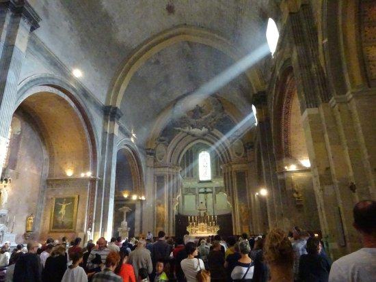 Orange, France : kathedraal ND van Nazareth