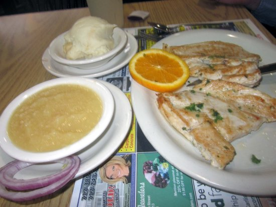 Walnut Bottom Diner: Grilled Marinated Chicken Breast with Mashed Potatoes & Applesauce