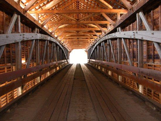 Mount Jackson, VA: Inside view