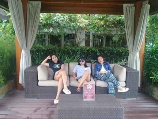 Maxims Hotel - Resorts World Manila: received_10208151717189543_large.jpg