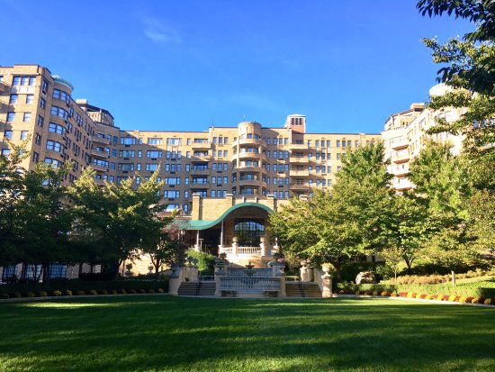 Omni Shoreham Hotel: Beautiful hotel.