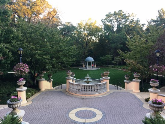 Omni Shoreham Hotel: So beautiful.