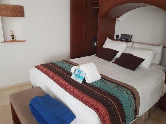 Playa Palms Beach Hotel: 20171108_174624_large.jpg