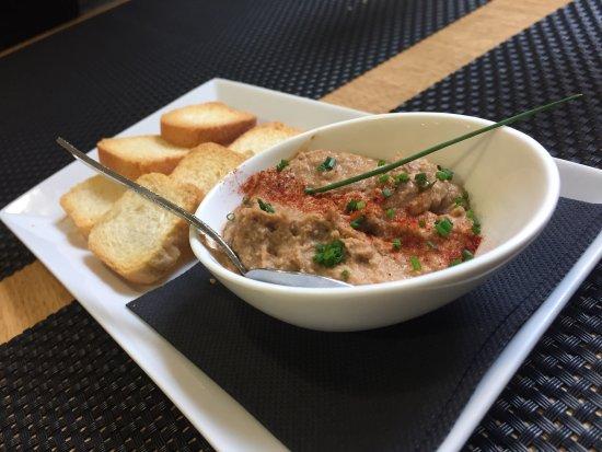 Restaurante Ezkaurre: Muestra del menú un domingo de comida con amigos