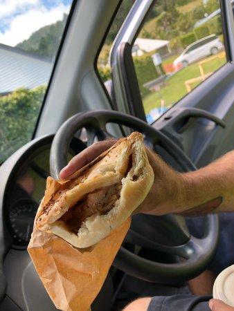 Pauanui Bakery and Pizza Shack: photo0.jpg
