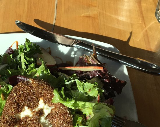 Indian Harbour, Kanada: Roasted beet salad with goat cheese