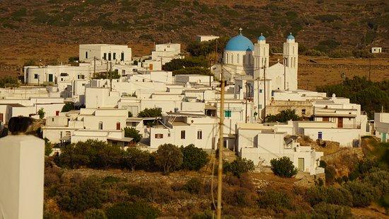 Apollonia, Grécia: View of Kato Petali from the verandah of Geronti Pension