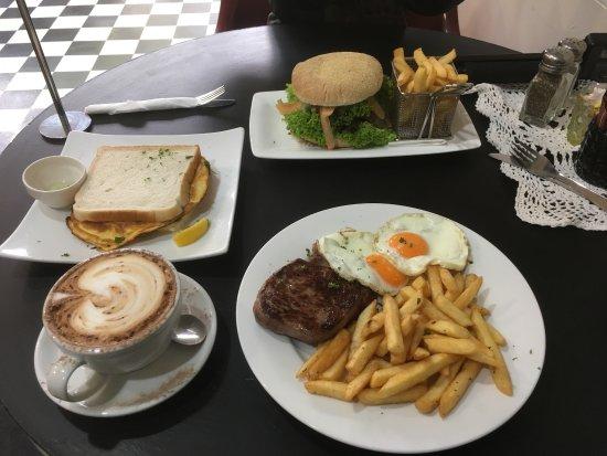 39 Cafe: photo1.jpg