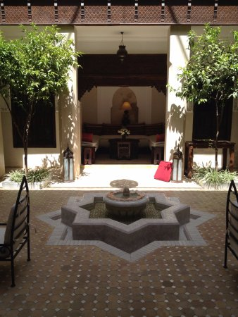 Riad le Clos des Arts : Riad Center Court 2