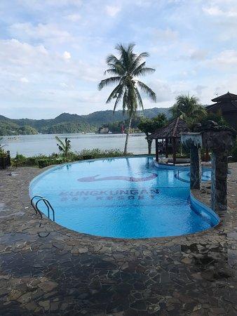 Kungkungan Bay Resort: photo1.jpg