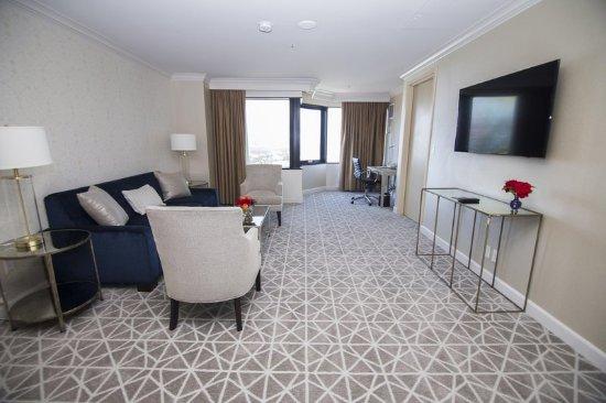 Hilton Los Angeles/Universal City: Executive Suite Living