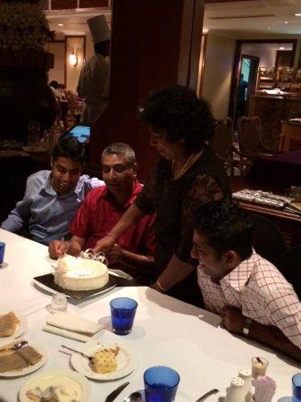 Hilton Colombo : Celebrating Parents 25th Wedding Anniversary.