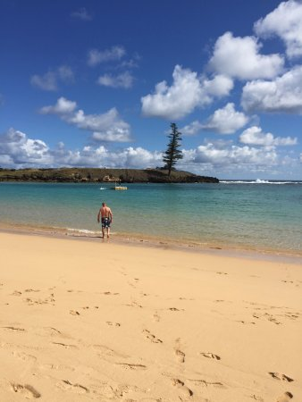 Norfolk Island, Australia: Swimming at Emily Bay